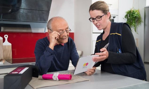Les services de La poste à destination des Seniors